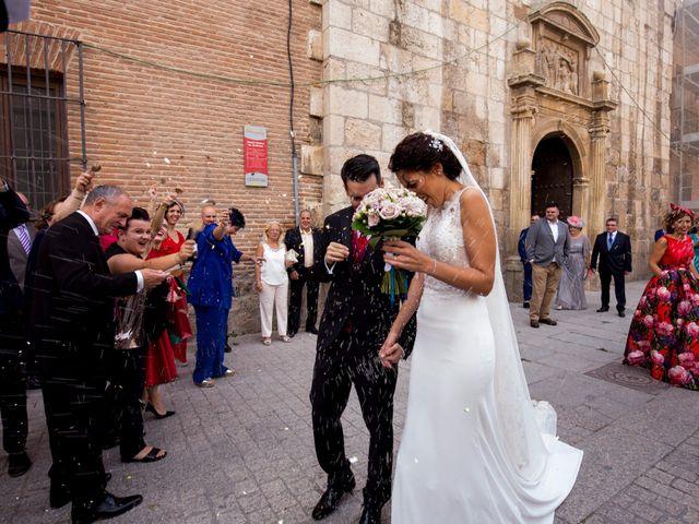 La boda de Victor Manuel y Diana  en Alcalá De Henares, Madrid 22
