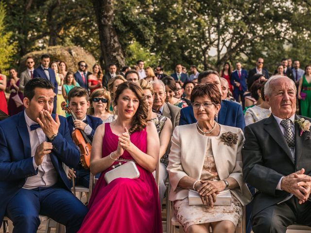 La boda de Fito y Nuria en Jarandilla, Cáceres 25