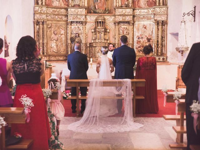La boda de Adrián y Rocío en Puente Boeza, León 19
