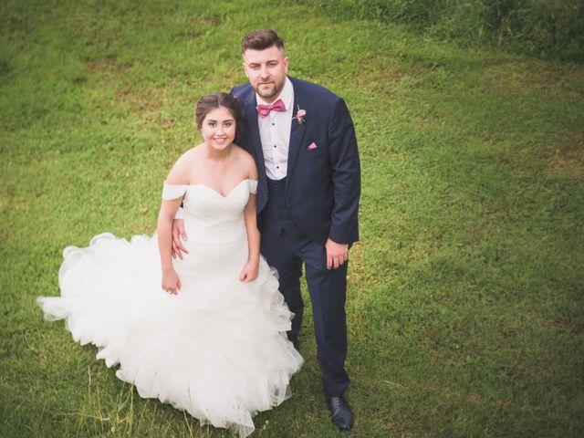 La boda de Adrián y Rocío en Puente Boeza, León 35