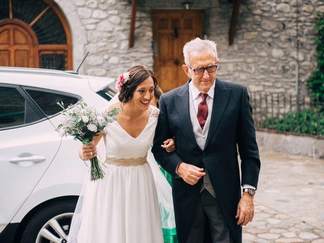 La boda de Juan y Lucía en Benasque, Huesca 35