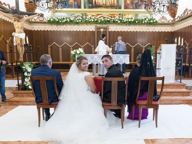La boda de Juan Octavio y Remei en Benigánim, Valencia 27
