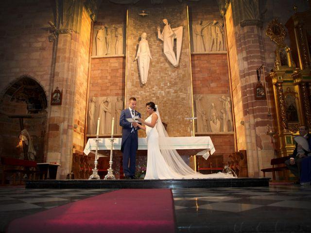 La boda de Luis Miguel y Noelia en Bailen, Jaén 24