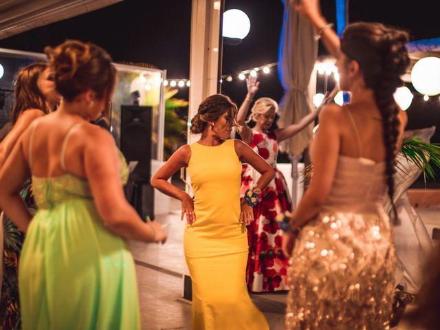La boda de Tony y Mónica en Motril, Granada 55