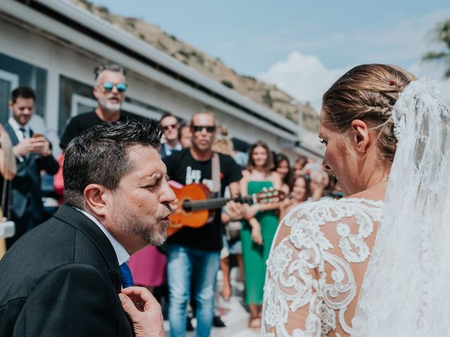 La boda de Jordi y Alba en Alacant/alicante, Alicante 20
