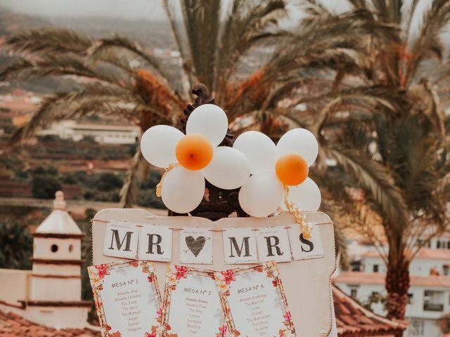 La boda de Álvaro y Arianna en La Orotava, Santa Cruz de Tenerife 32