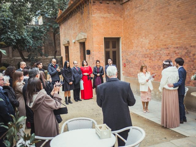 La boda de Adrián y Paula en Barcelona, Barcelona 11