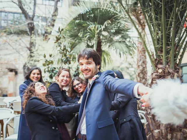 La boda de Adrián y Paula en Barcelona, Barcelona 15