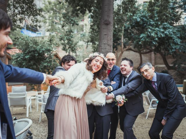 La boda de Adrián y Paula en Barcelona, Barcelona 16