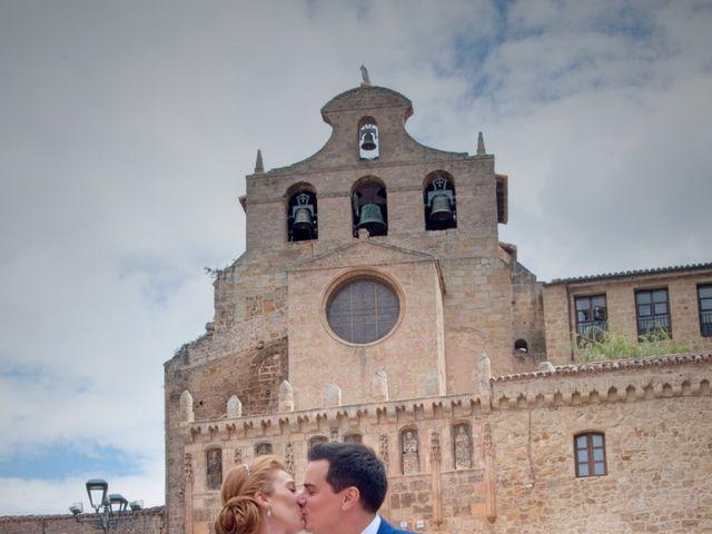 La boda de Marcos y Sheila en Oña, Burgos 17