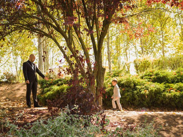 La boda de David y Nuria en Terrassa, Barcelona 32