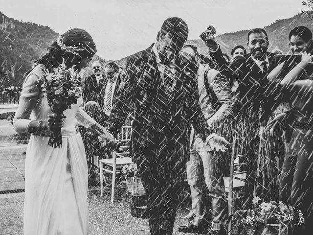 La boda de Andrés y Cecilia en Ligüerre De Cinca, Huesca 27
