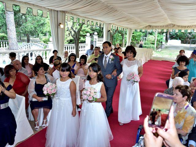 La boda de Josep y Jenny en Santpedor, Barcelona 16