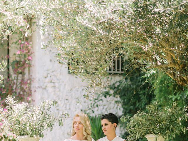 La boda de Alina y Grace en Macastre, Valencia 24