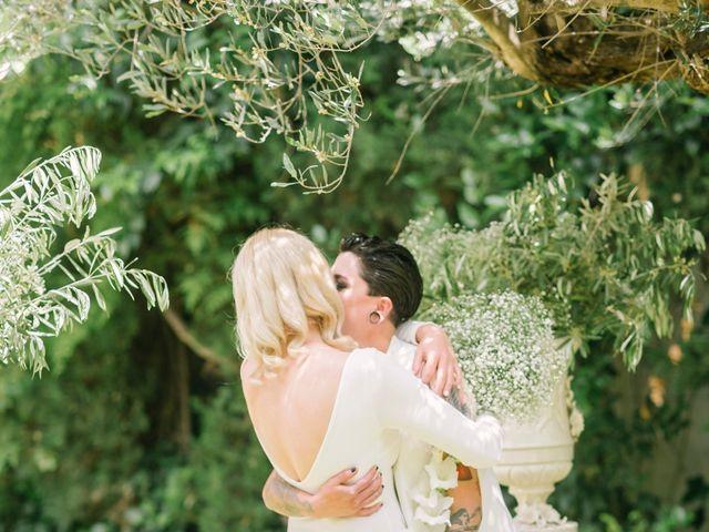 La boda de Alina y Grace en Macastre, Valencia 33