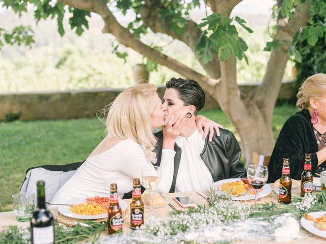 La boda de Alina y Grace en Macastre, Valencia 50
