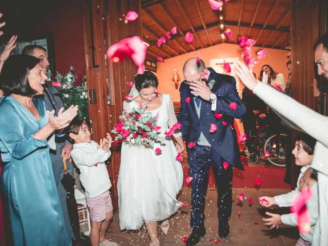 La boda de María José y Isaac en La Manjoya, Asturias 25