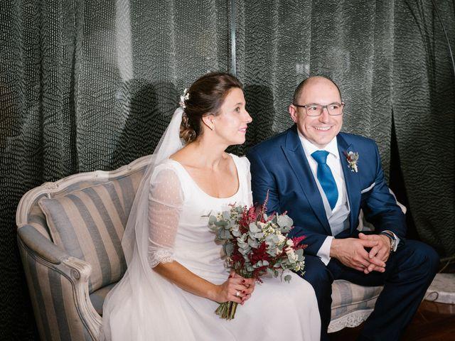 La boda de María José y Isaac en La Manjoya, Asturias 31