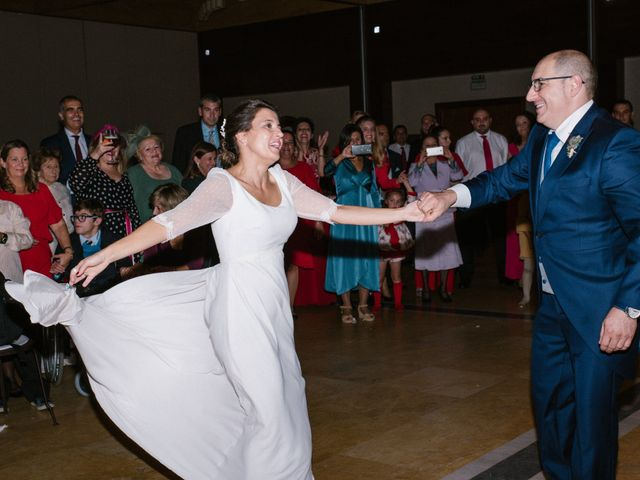 La boda de María José y Isaac en La Manjoya, Asturias 42