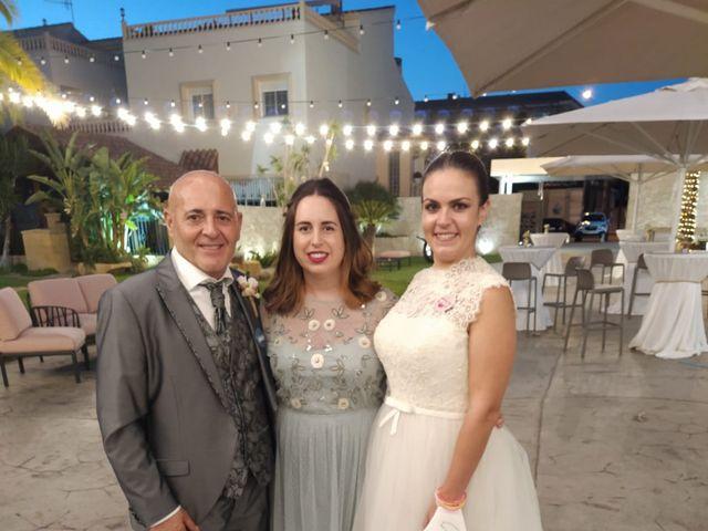 La boda de Marcos y Isabel en Puerto Lumbreras, Murcia 18