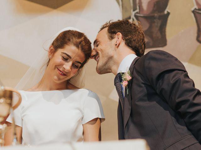 La boda de Ana y Joxe en Hondarribia, Guipúzcoa 22