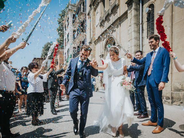 La boda de Ana y Joxe en Hondarribia, Guipúzcoa 26
