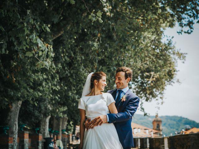 La boda de Ana y Joxe en Hondarribia, Guipúzcoa 37