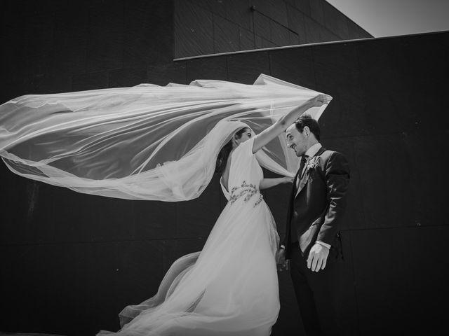 La boda de Ana y Joxe en Hondarribia, Guipúzcoa 39