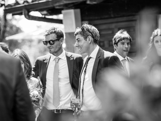 La boda de Ana y Joxe en Hondarribia, Guipúzcoa 45