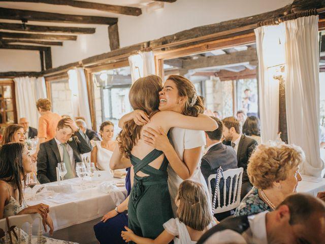 La boda de Ana y Joxe en Hondarribia, Guipúzcoa 51
