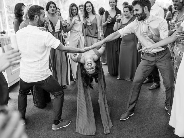 La boda de Ana y Joxe en Hondarribia, Guipúzcoa 60