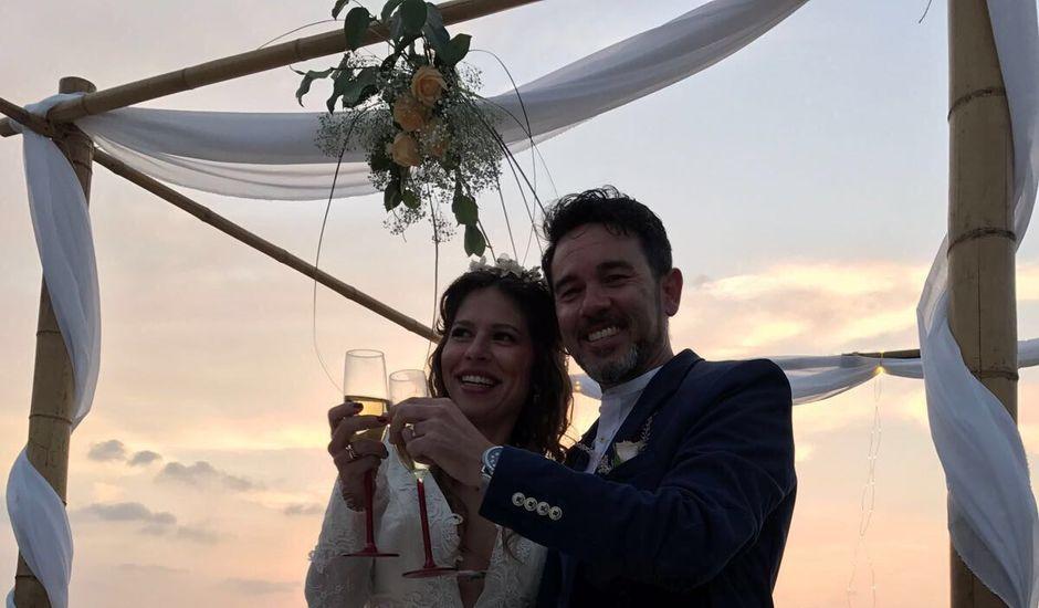La boda de Jesus  y Paula en Roche, Cádiz