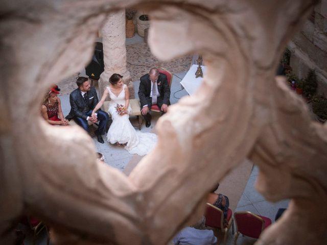 La boda de Luisma y María en Topas, Salamanca 10