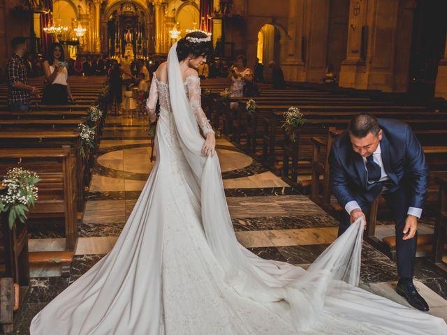 La boda de Ricardo y Tatiana en Elx/elche, Alicante 16