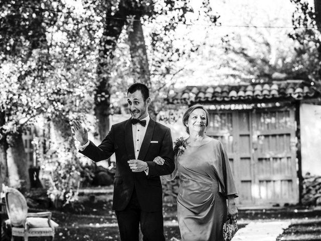 La boda de Víctor y Mónica en Cuenca, Cuenca 15