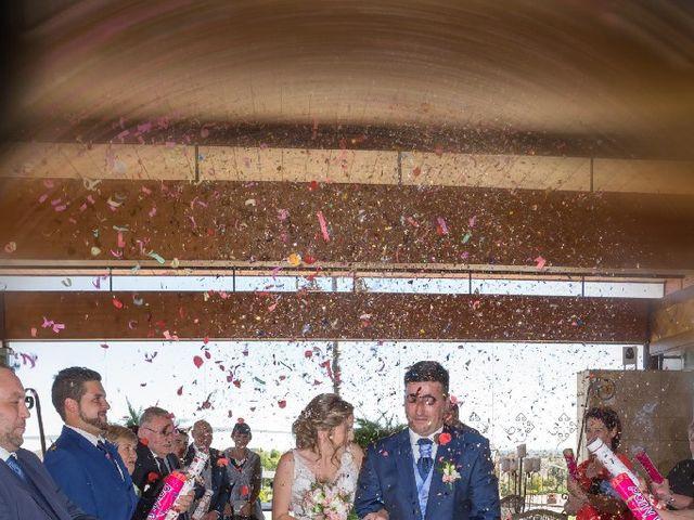 La boda de Luismy y Lucía en León, León 4