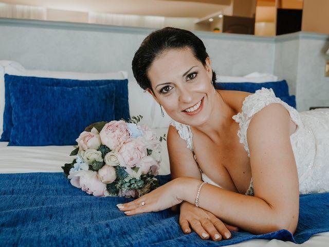 La boda de Francisco y Luisa en Aguadulce, Almería 22