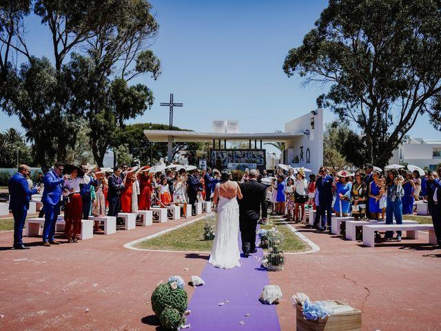 La boda de Francisco y Luisa en Aguadulce, Almería 45