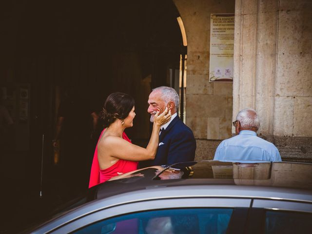 La boda de Quique y Esther en Salamanca, Salamanca 35