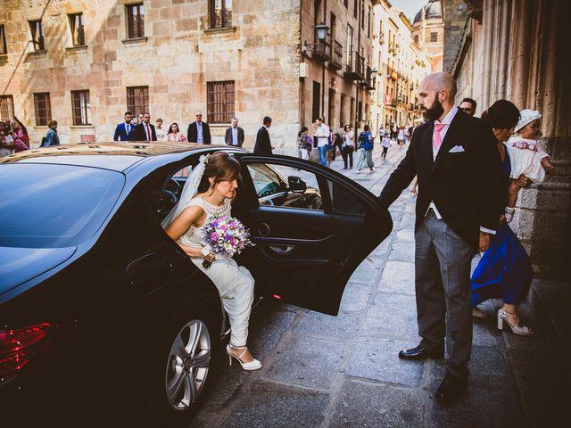 La boda de Quique y Esther en Salamanca, Salamanca 43
