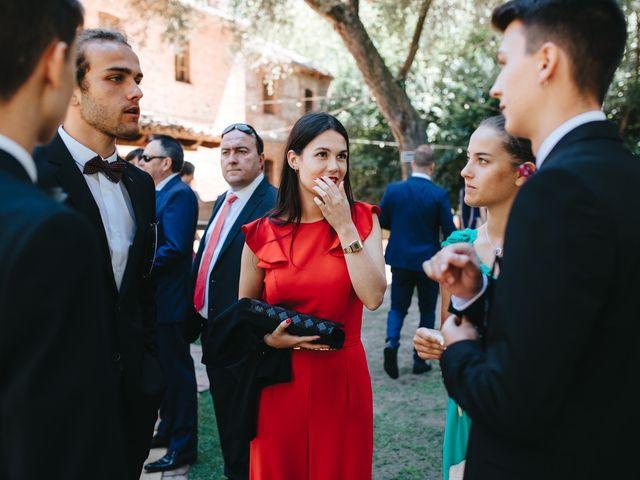 La boda de Ruben y Beatriz en León, León 56