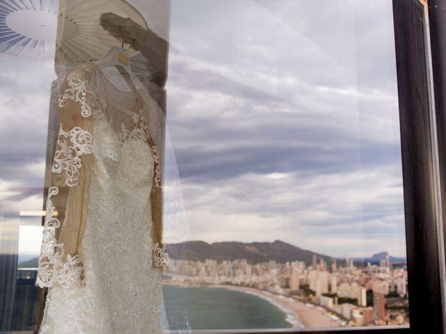 La boda de Jordi y Stela en Benidorm, Alicante 3