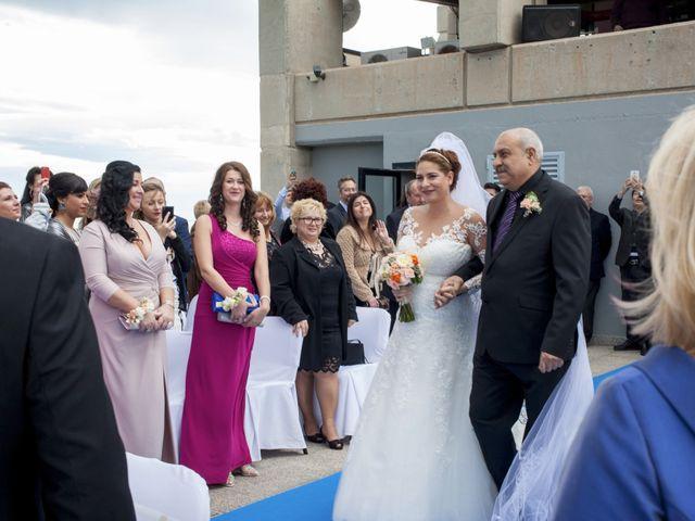 La boda de Jordi y Stela en Benidorm, Alicante 16