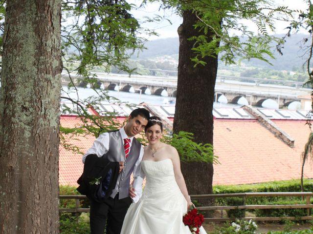 La boda de Diego y Anuska en Pontedeume (Santiago), A Coruña 11