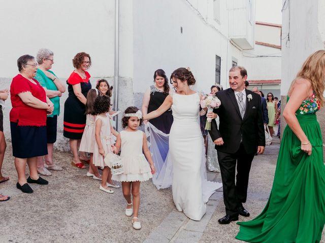 La boda de Javi y María en Arroyomolinos De La Vera, Cáceres 11
