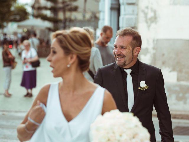 La boda de Simón y Marga en El Masnou, Barcelona 32