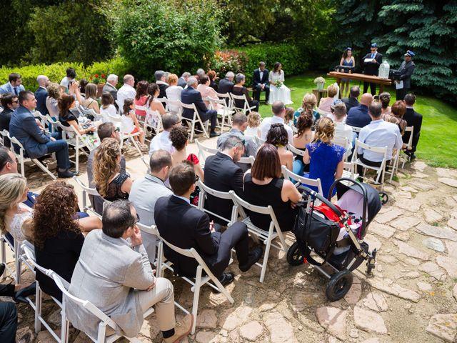 La boda de Jordi y Laura en Viladrau, Girona 22