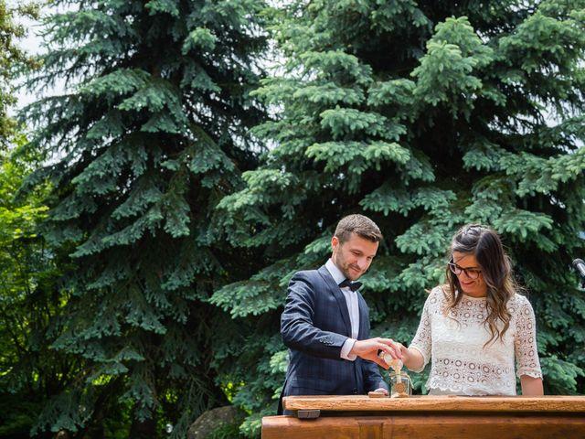 La boda de Jordi y Laura en Viladrau, Girona 24
