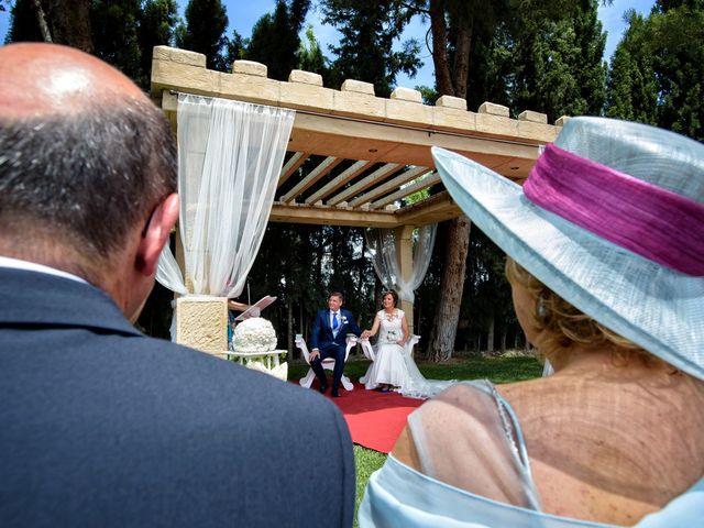 La boda de QUIQUE y RAQUEL en Zaragoza, Zaragoza 50