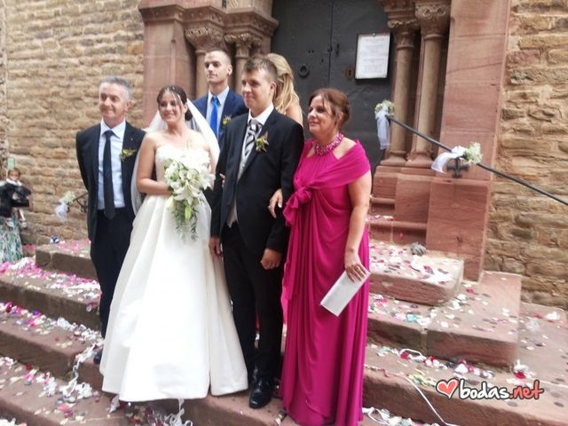 La boda de Roger y Estefanía en Seva, Barcelona 22